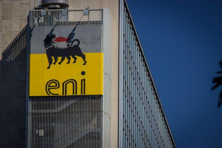 Retribuzioni dei manager ENI si arrende a Fondazione Finanza Etica